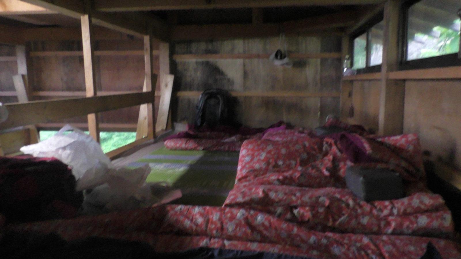 槍温泉小屋のベッドルーム